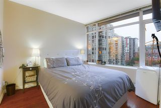 """Photo 15: 1006 892 CARNARVON Street in New Westminster: Downtown NW Condo for sale in """"AZURE 2 - PLAZA 88"""" : MLS®# R2515738"""