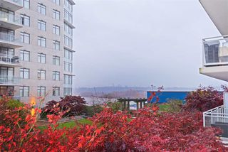 """Photo 2: 1006 892 CARNARVON Street in New Westminster: Downtown NW Condo for sale in """"AZURE 2 - PLAZA 88"""" : MLS®# R2515738"""