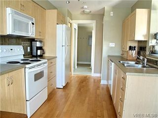 Photo 7: 204 1155 Yates St in VICTORIA: Vi Downtown Condo Apartment for sale (Victoria)  : MLS®# 605628