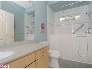 "Photo 10: 15511 THRIFT Avenue: White Rock 1/2 Duplex for sale in ""WHITE ROCK"" (South Surrey White Rock)  : MLS®# F1213901"