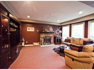 Photo 7: 21705 95 Avenue in Langley: Walnut Grove House for sale : MLS®# F1228889