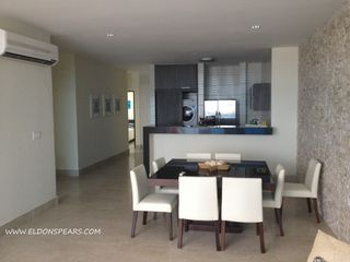 Photo 17: Ocean Waves Tower 2 - 2 bedroom