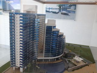 Photo 5: Ocean Waves Tower 2 - 2 bedroom