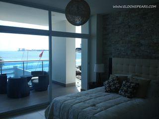 Photo 13: Ocean Waves Tower 2 - 2 bedroom