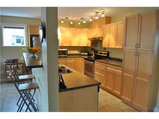Photo 1: 5687 LOUISE Way in Sechelt: Sechelt District House for sale (Sunshine Coast)  : MLS®# V997996