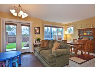 Photo 3: 5687 LOUISE Way in Sechelt: Sechelt District House for sale (Sunshine Coast)  : MLS®# V997996