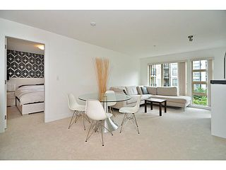 """Photo 5: 201 738 E 29TH Avenue in Vancouver: Fraser VE Condo for sale in """"CENTURY"""" (Vancouver East)  : MLS®# V1024242"""