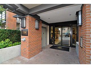 """Photo 2: 201 738 E 29TH Avenue in Vancouver: Fraser VE Condo for sale in """"CENTURY"""" (Vancouver East)  : MLS®# V1024242"""