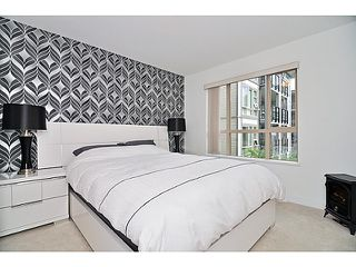 """Photo 9: 201 738 E 29TH Avenue in Vancouver: Fraser VE Condo for sale in """"CENTURY"""" (Vancouver East)  : MLS®# V1024242"""