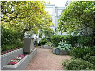 "Photo 5: # 6 877 W 7TH AV in Vancouver: Fairview VW Townhouse for sale in ""EMERALD COURT"" (Vancouver West)  : MLS®# V1028020"