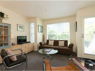 "Photo 2: # 6 877 W 7TH AV in Vancouver: Fairview VW Townhouse for sale in ""EMERALD COURT"" (Vancouver West)  : MLS®# V1028020"