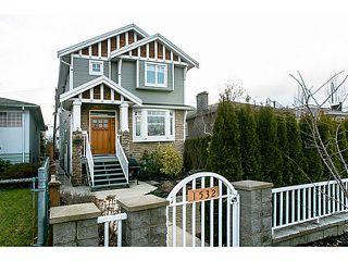 Photo 1: 1528 East Pender Street in Vancouver: Hastings House 1/2 Duplex for sale (Vancouver East)  : MLS®# V1043367