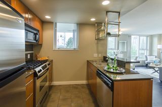 Photo 2: 506 550 PACIFIC STREET in Vancouver: Yaletown Condo for sale (Vancouver West)  : MLS®# R2070570