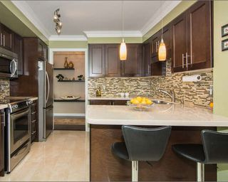 Photo 10: Marie Commisso 18 Harding Blvd in Richmond Hill: Harding Condo for sale