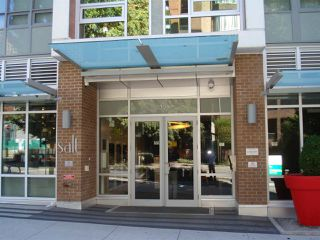 Photo 2: 2207 1308 HORNBY STREET in Vancouver: Downtown VW Condo for sale (Vancouver West)  : MLS®# R2109825