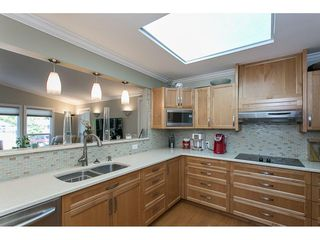 Photo 9: 93 2315 198 STREET in Langley: Brookswood Langley Manufactured Home for sale : MLS®# R2102906