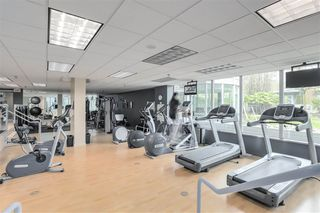 Photo 13: 3803 1033 MARINASIDE CRESCENT in Vancouver: Yaletown Condo for sale (Vancouver West)  : MLS®# R2257056