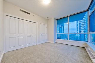 Photo 12: #303 55 SPRUCE PL SW in Calgary: Spruce Cliff Condo for sale : MLS®# C4193543