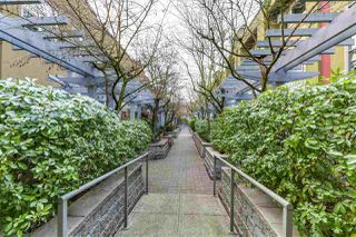 Photo 2: 30 795 W 8TH AVENUE in Vancouver: Fairview VW Townhouse for sale (Vancouver West)  : MLS®# R2281073