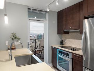 Photo 5: 2304 888 HOMER STREET in Vancouver: Downtown VW Condo for sale (Vancouver West)  : MLS®# R2330895