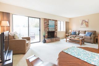 """Main Photo: 208 3031 WILLIAMS Road in Richmond: Seafair Townhouse for sale in """"Edgewater Park"""" : MLS®# R2398123"""