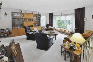 Photo 3: 10807 32 Street in Edmonton: Zone 23 House for sale : MLS®# E4184201