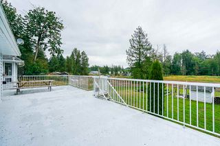 Photo 11: 442 256 Street in Langley: Otter District House for sale : MLS®# R2438952