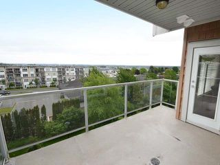 "Photo 16: 410 6450 194 Street in Surrey: Clayton Condo for sale in ""Waterstone"" (Cloverdale)  : MLS®# R2449085"