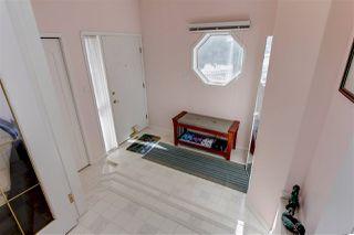 Photo 3: 9228 100 Avenue in Edmonton: Zone 13 House for sale : MLS®# E4198143