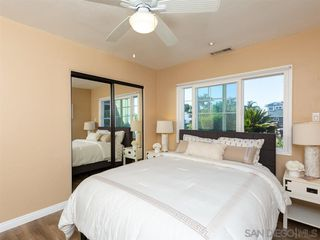 Photo 13: POINT LOMA House for sale : 3 bedrooms : 3702 Oleander Dr in San Diego