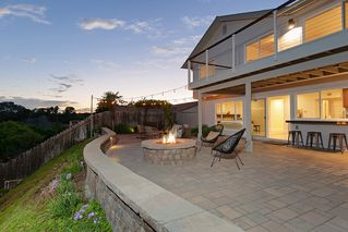 Photo 25: PACIFIC BEACH House for sale : 5 bedrooms : 2169 Harbour Heights Rd in San Diego