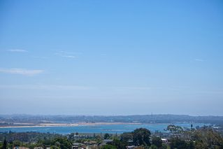 Photo 17: PACIFIC BEACH House for sale : 5 bedrooms : 2169 Harbour Heights Rd in San Diego