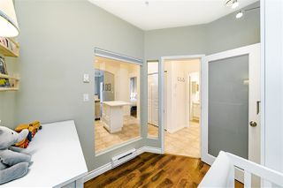 """Photo 5: 154 2175 SALAL Drive in Vancouver: Kitsilano Condo for sale in """"The Savona"""" (Vancouver West)  : MLS®# R2497423"""