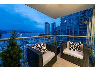 Photo 8: 802 590 NICOLA Street in Vancouver: Coal Harbour Condo for sale (Vancouver West)  : MLS®# R2518941