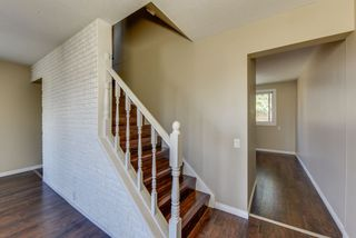 Photo 3: 122 MAYFAIR Mews in Edmonton: Zone 02 Townhouse for sale : MLS®# E4221714