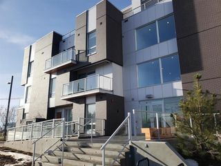 Photo 12: 211 3125 39 Street NW in Calgary: University District Apartment for sale : MLS®# A1056996