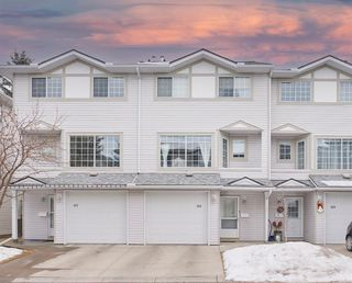 Main Photo: 121 Kingsland Court SW in Calgary: Kingsland Row/Townhouse for sale : MLS®# A1060121