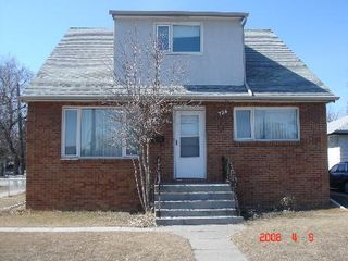 Photo 2: 734 MCPHILLIPS: Residential for sale (Canada)  : MLS®# 2804865