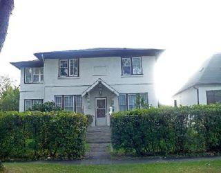 Photo 1: 372 ST JOHN'S AV: Residential for sale (Canada)  : MLS®# 2918261