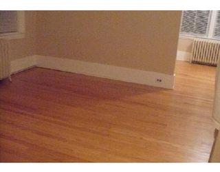 Photo 3: 372 ST JOHN'S AV: Residential for sale (Canada)  : MLS®# 2918261