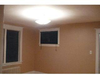Photo 7: 372 ST JOHN'S AV: Residential for sale (Canada)  : MLS®# 2918261