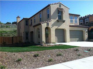 Main Photo: OCEANSIDE House for sale : 4 bedrooms : 1072 BREAKAWAY Drive