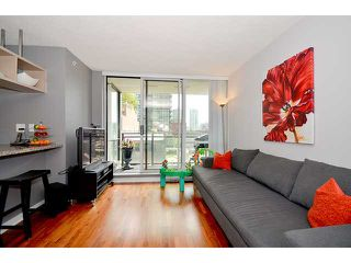 Photo 3: 209 1082 SEYMOUR Street in Vancouver: Downtown VW Condo for sale (Vancouver West)  : MLS®# V963736