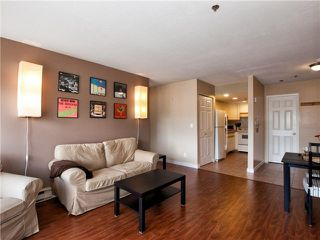"Photo 3: 203 2295 PANDORA Street in Vancouver: Hastings Condo for sale in ""PANDORA GARDENS"" (Vancouver East)  : MLS®# V971405"