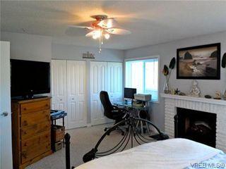 Photo 5: 107 3048 Washington Avenue in VICTORIA: Vi Burnside Townhouse for sale (Victoria)  : MLS®# 317784