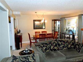 Photo 4: 107 3048 Washington Avenue in VICTORIA: Vi Burnside Townhouse for sale (Victoria)  : MLS®# 317784