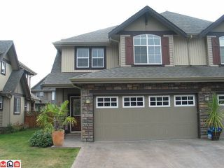 Photo 1: 13 6577 SOUTHDOWNE Place in Chilliwack: Sardis East Vedder Rd Townhouse for sale (Sardis)  : MLS®# H1300320