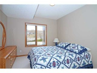 Photo 11: 86 GLENEAGLES View: Cochrane Residential Detached Single Family for sale : MLS®# C3563788