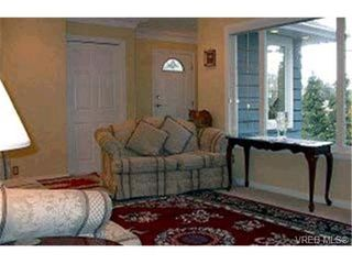 Photo 9: 1430 Simon Rd in VICTORIA: SE Mt Doug Single Family Detached for sale (Saanich East)  : MLS®# 305795