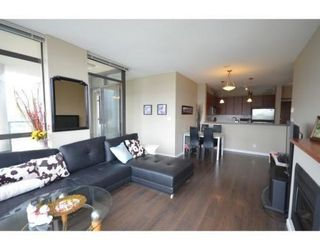 Photo 2: 1403 4132 HALIFAX STREET in Burnaby: Brentwood Park Condo for sale (Burnaby North)  : MLS®# R2015075